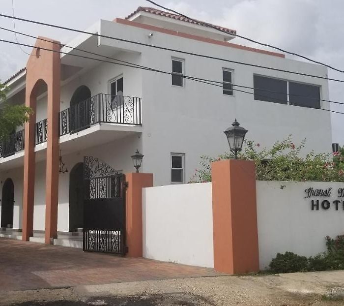 Kingston hotels & apartments, all accommodations in Kingston